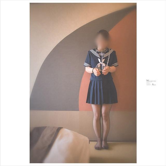 セーラー服で拘束される女 コスプレ調教・制服奴隷