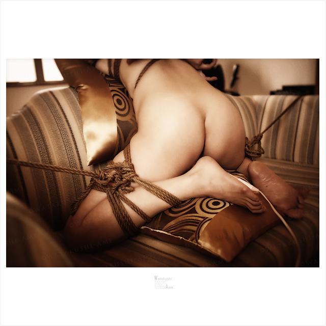 雌奴隷をソファーに緊縛して電マ責め 奴隷調教・主従調教