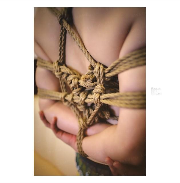 素人M女を麻縄緊縛。縛られて言葉責めで感じるSM奴隷 緊縛奴隷・緊縛調教